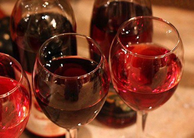 Секреты по приготовлению вина передаются из поколения в поколение